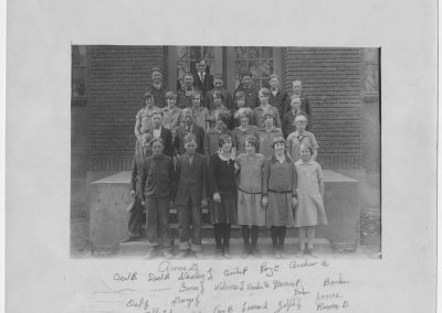 Newton Grade School, 1923-1926 photograph
