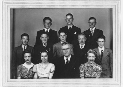 8th Grade Graduation class from the Newton Grade School, 1941