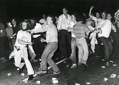 Image of the Stonewall Rioters throwing objects at the police, June 1969